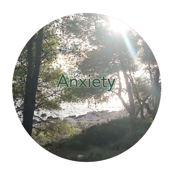 Emma treats those with anxiety, using a variety of techniques including mindfulness and grounding.